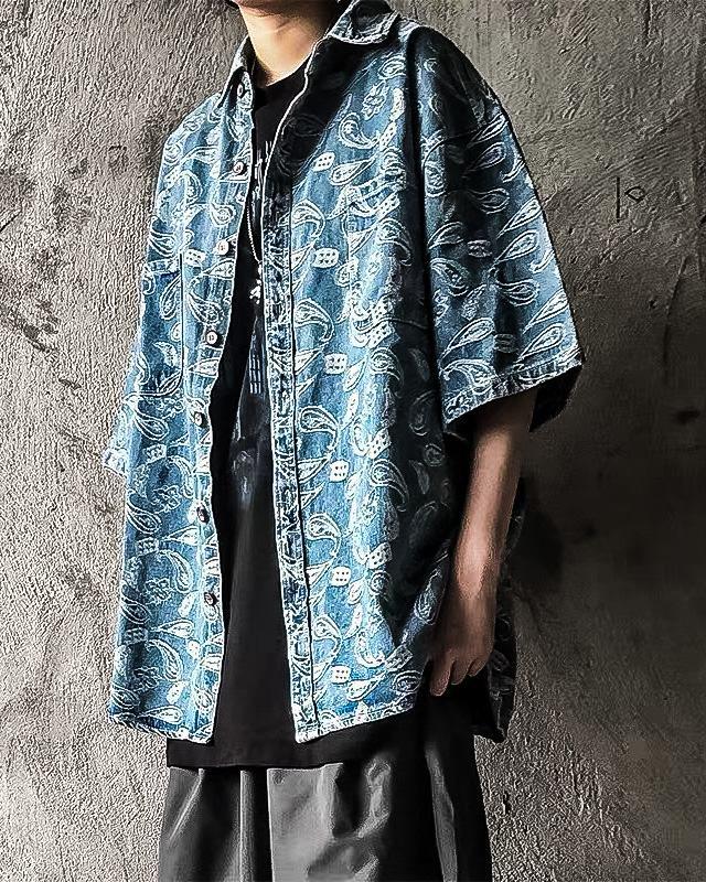 《2色》バンダナ柄ペイズリーデニム半袖シャツの画像1
